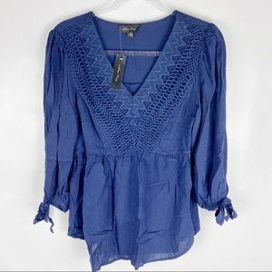 Melissa Paige Small Navy Blue Blouse